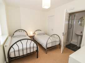Apartment 1, 10 Marian y Mor - North Wales - 967864 - thumbnail photo 7
