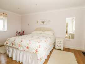 Bluebell Cottage at Honeywood - Somerset & Wiltshire - 968161 - thumbnail photo 13