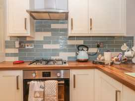 Glebe Hall Apartment - Whitby & North Yorkshire - 969177 - thumbnail photo 5