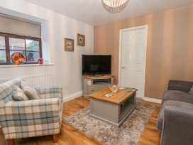 Glebe Hall Apartment - Whitby & North Yorkshire - 969177 - thumbnail photo 2