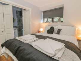 Glebe Hall Apartment - Whitby & North Yorkshire - 969177 - thumbnail photo 8