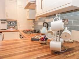 Glebe Hall Apartment - Whitby & North Yorkshire - 969177 - thumbnail photo 6