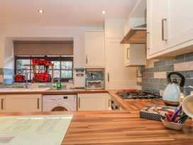 Glebe Hall Apartment - Whitby & North Yorkshire - 969177 - thumbnail photo 7