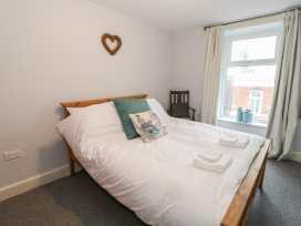 K&S Apartment - North Wales - 969569 - thumbnail photo 9