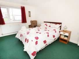 Gwnus Bungalow - Anglesey - 969943 - thumbnail photo 8