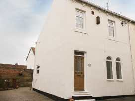 Sands End Cottage - Whitby & North Yorkshire - 970620 - thumbnail photo 1