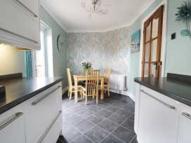 Sands End Cottage - Whitby & North Yorkshire - 970620 - thumbnail photo 6