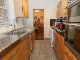 56 Moreton Crescent - Shropshire - 970941 - thumbnail photo 7