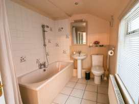 56 Moreton Crescent - Shropshire - 970941 - thumbnail photo 12