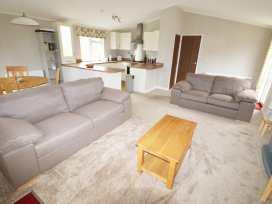 2 Haveringland Hall Holiday Lodge Park - Norfolk - 971037 - thumbnail photo 3