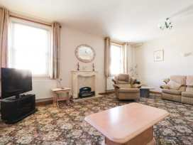 Boyles Town Centre Apartment - Lake District - 972566 - thumbnail photo 1