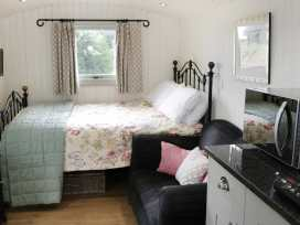 Shepherds Hut - Shropshire - 972797 - thumbnail photo 8
