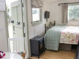 Shepherds Hut - Shropshire - 972797 - thumbnail photo 10