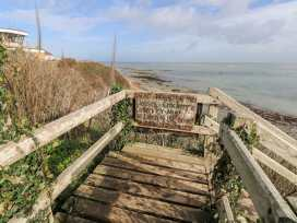 19 Walls Road - Isle of Wight & Hampshire - 973882 - thumbnail photo 24