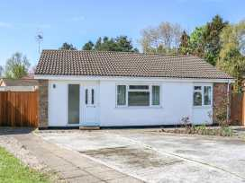 16 Heron Gardens - Norfolk - 973883 - thumbnail photo 1