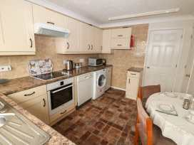 16 Heron Gardens - Norfolk - 973883 - thumbnail photo 8