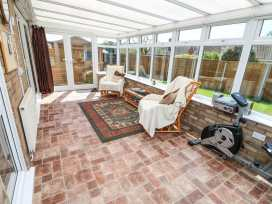 16 Heron Gardens - Norfolk - 973883 - thumbnail photo 10