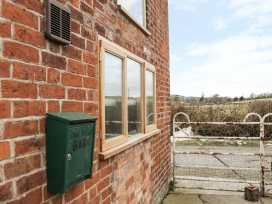 The Cow Shed - Shropshire - 973965 - thumbnail photo 2