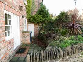 Honeysuckle Cottage - Whitby & North Yorkshire - 974507 - thumbnail photo 6