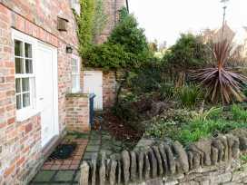 Honeysuckle Cottage - Whitby & North Yorkshire - 974507 - thumbnail photo 6