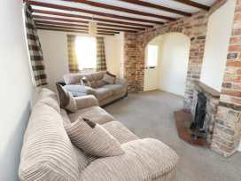 Honeysuckle Cottage - Whitby & North Yorkshire - 974507 - thumbnail photo 3