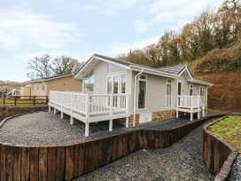 Lodge 66 - South Wales - 975043 - thumbnail photo 2