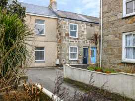 Myrtle Cottage, 21 Florence Place - Cornwall - 975107 - thumbnail photo 1