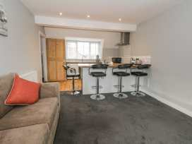 5 Weldon Court - Whitby & North Yorkshire - 975255 - thumbnail photo 3