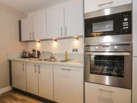 Scarborough Apartments - Two Bed (1) - Whitby & North Yorkshire - 975361 - thumbnail photo 8