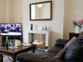 2 Carlton Mews - Devon - 976014 - thumbnail photo 3