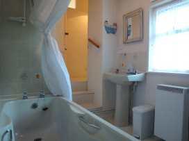 Kings Corner - Devon - 976189 - thumbnail photo 12