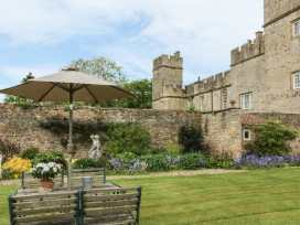 Snape Castle, The Undercroft - Yorkshire Dales - 976588 - thumbnail photo 18