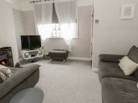 1 Sandy Lane - North Wales - 977325 - thumbnail photo 3
