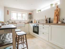 Holly Cottage - Somerset & Wiltshire - 977350 - thumbnail photo 6