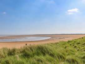 157 Humberston Fitties - Lincolnshire - 977435 - thumbnail photo 28