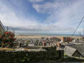 Seaview Apartment - North Wales - 977688 - thumbnail photo 13
