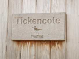 Tickencote - Lincolnshire - 977698 - thumbnail photo 2