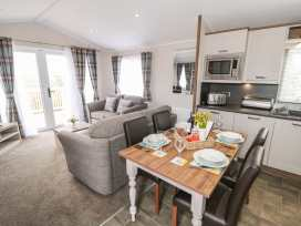 Holly Lodge - Whitby & North Yorkshire - 977864 - thumbnail photo 4