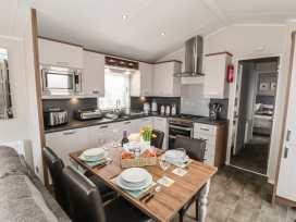 Holly Lodge - Whitby & North Yorkshire - 977864 - thumbnail photo 6