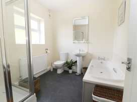 2 Moor Farm Cottages - Whitby & North Yorkshire - 977951 - thumbnail photo 14