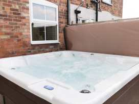 2 Moor Farm Cottages - Whitby & North Yorkshire - 977951 - thumbnail photo 16