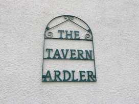 Cabin at the Tavern - Scottish Lowlands - 979120 - thumbnail photo 12
