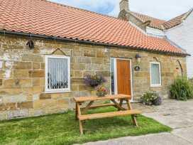 Milton Cottage - Whitby & North Yorkshire - 979524 - thumbnail photo 2