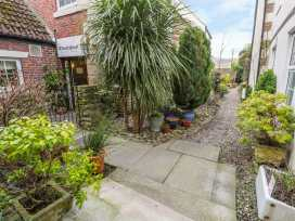 2 Wheatsheaf Yard - Northumberland - 980213 - thumbnail photo 16