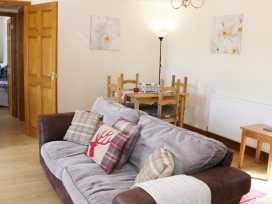 Hill View Lodge 1 - Shropshire - 980648 - thumbnail photo 3