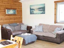 Hill View Lodge 3 - Shropshire - 980652 - thumbnail photo 3