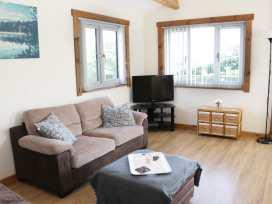 Hill View Lodge 3 - Shropshire - 980652 - thumbnail photo 2