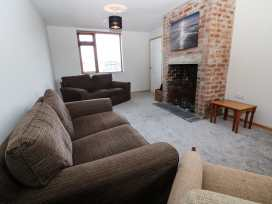 7 Maes Llewelyn - Anglesey - 980874 - thumbnail photo 2