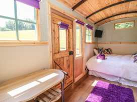 Railway Carriage - South Wales - 980941 - thumbnail photo 8