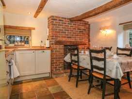 Bunty Cottage - South Coast England - 981113 - thumbnail photo 6